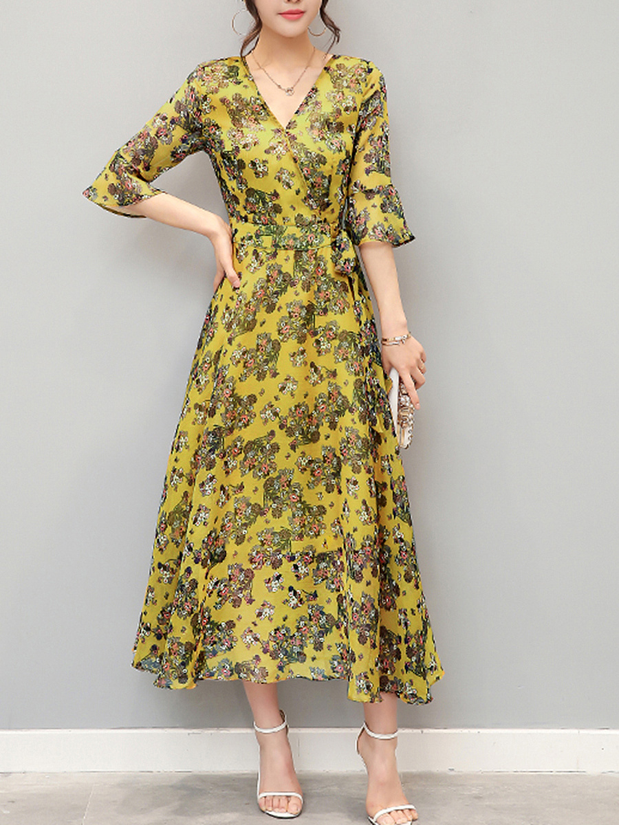V-Neck Hollow Out Printed Chiffon Bell Sleeve Maxi Dress
