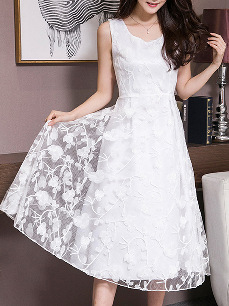 Round Neck  Ruffled Hem  Lace Plain Skater Dress