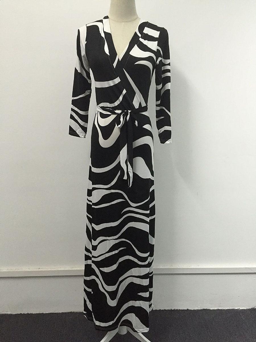 V-Neck  Lace-Up  Animal Printed Plus Size Midi & Maxi Dress