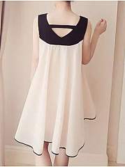 V-Neck  Contrast Trim  Plain Skater Dress
