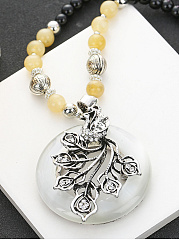 Hollow Out Faux Jade Pendant Beads Necklace