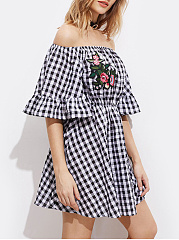 Off Shoulder  Elastic Waist  Applique Plaid Skater Dress