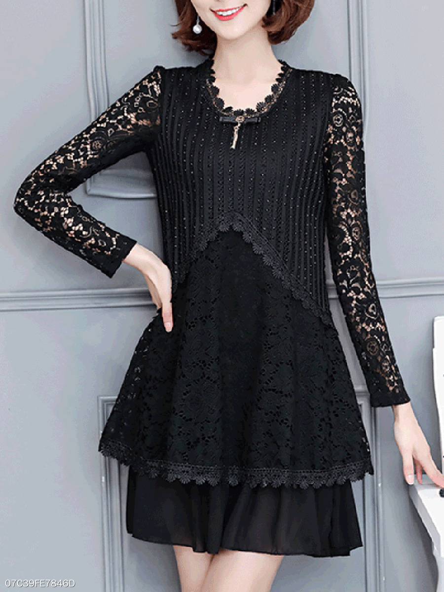 Round Neck  Lace Shift Dress