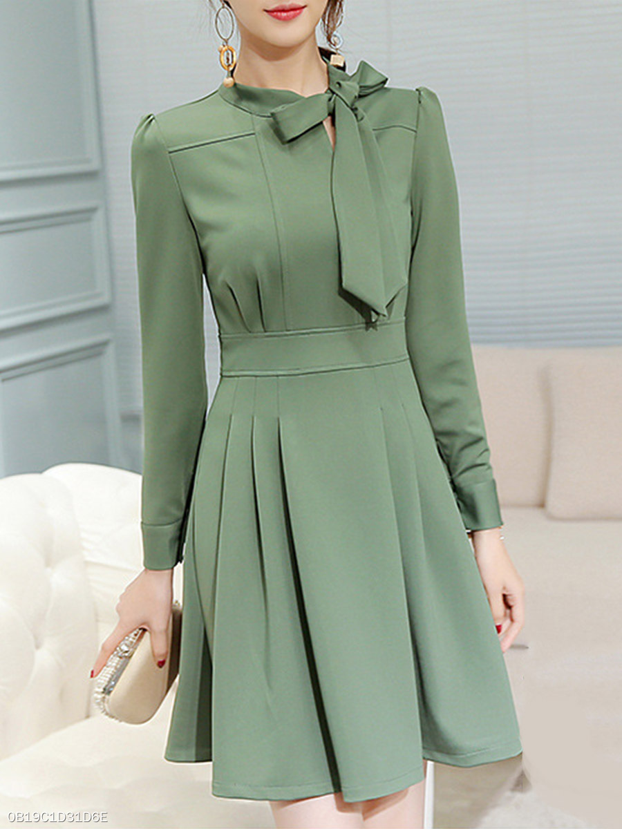 Tie Collar Bowknot Plain Skater Dress