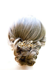 Pearl Flower Shape Gold Hair Comb