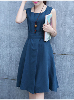 Round Neck  Belt  Plain Skater Dress