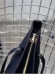 Plain And Chic Women Shoulder Bags