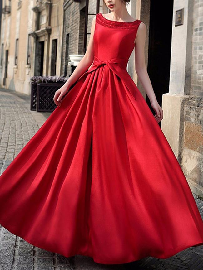 Image of Fashionmia Boat Neck Back Hole Plain Maxi Dress