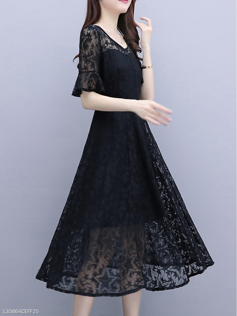 V-Neck  Hollow Out Lace Plain Skater Dress