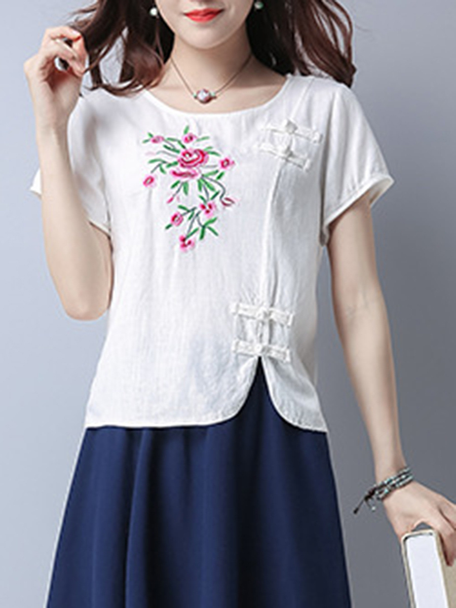 Embroidery Round Neck Vented Short Sleeve T-Shirt