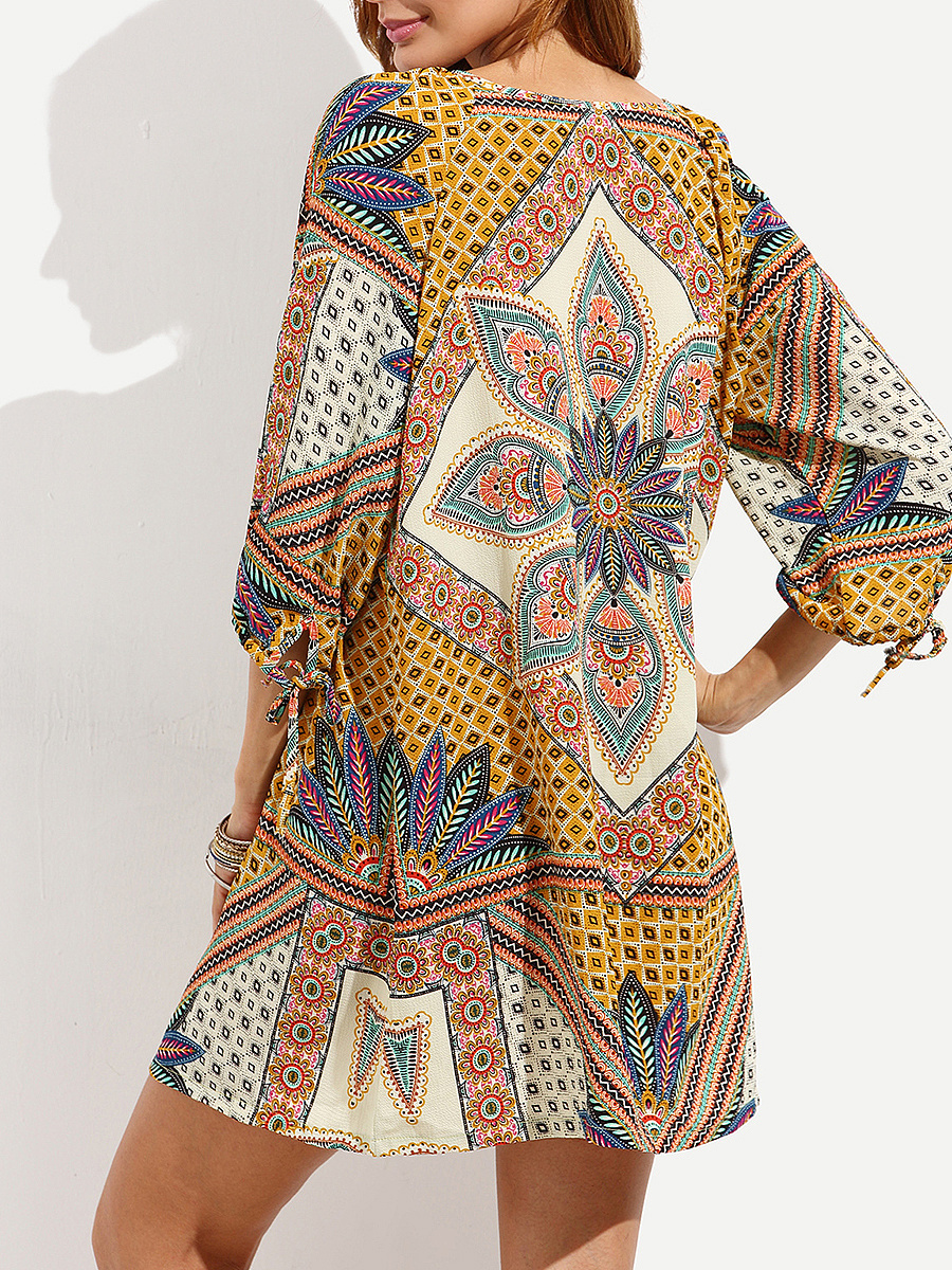 V-Neck  Drawstring Lace-Up  Printed Shift Dress