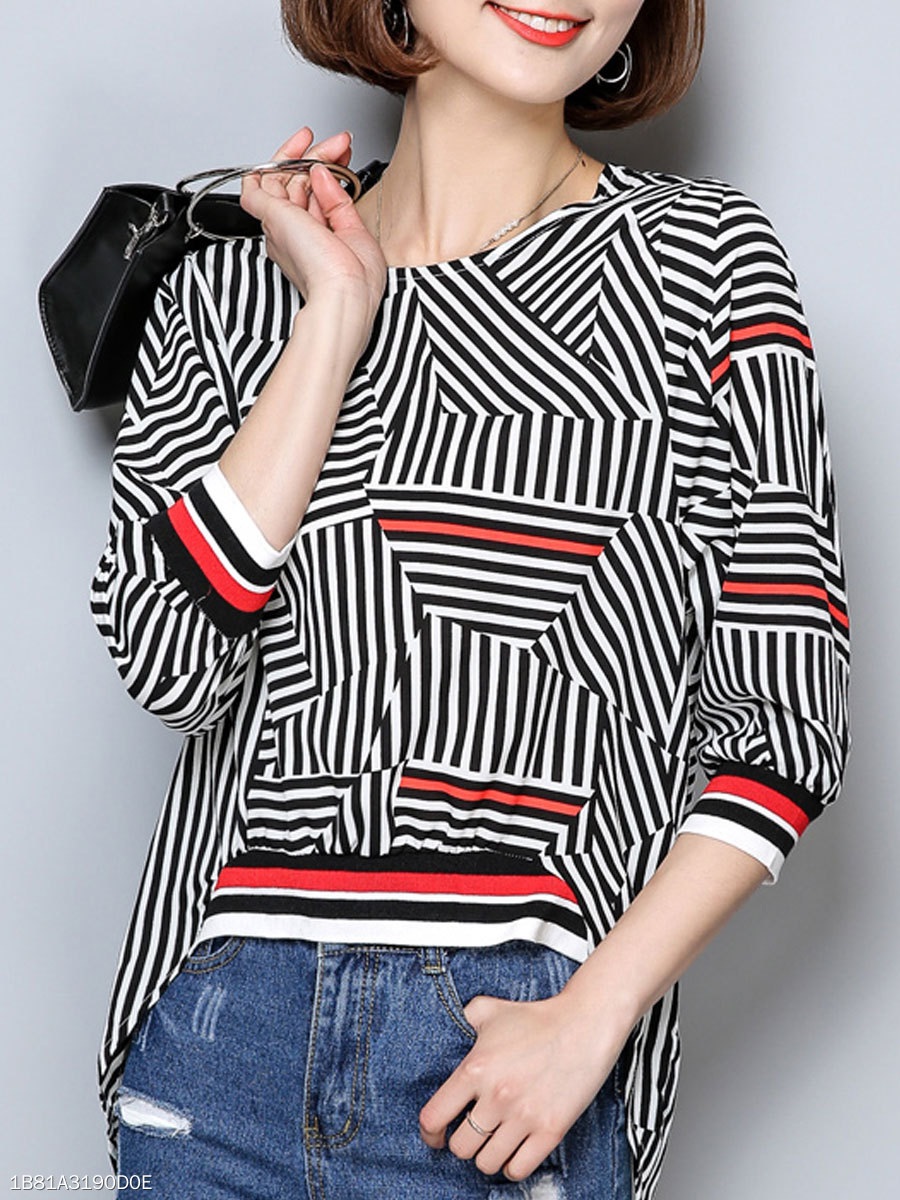 Round Neck  Geometric  Batwing Sleeve  Three-Quarter Sleeve Blouses