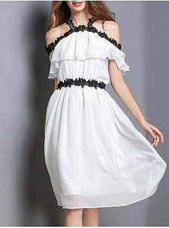 Open Shoulder  Decorative Lace  Plain Skater Dress
