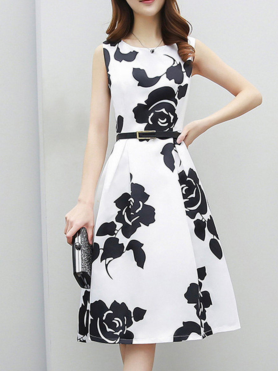 Black White Round Neck Belt Floral Skater Dress