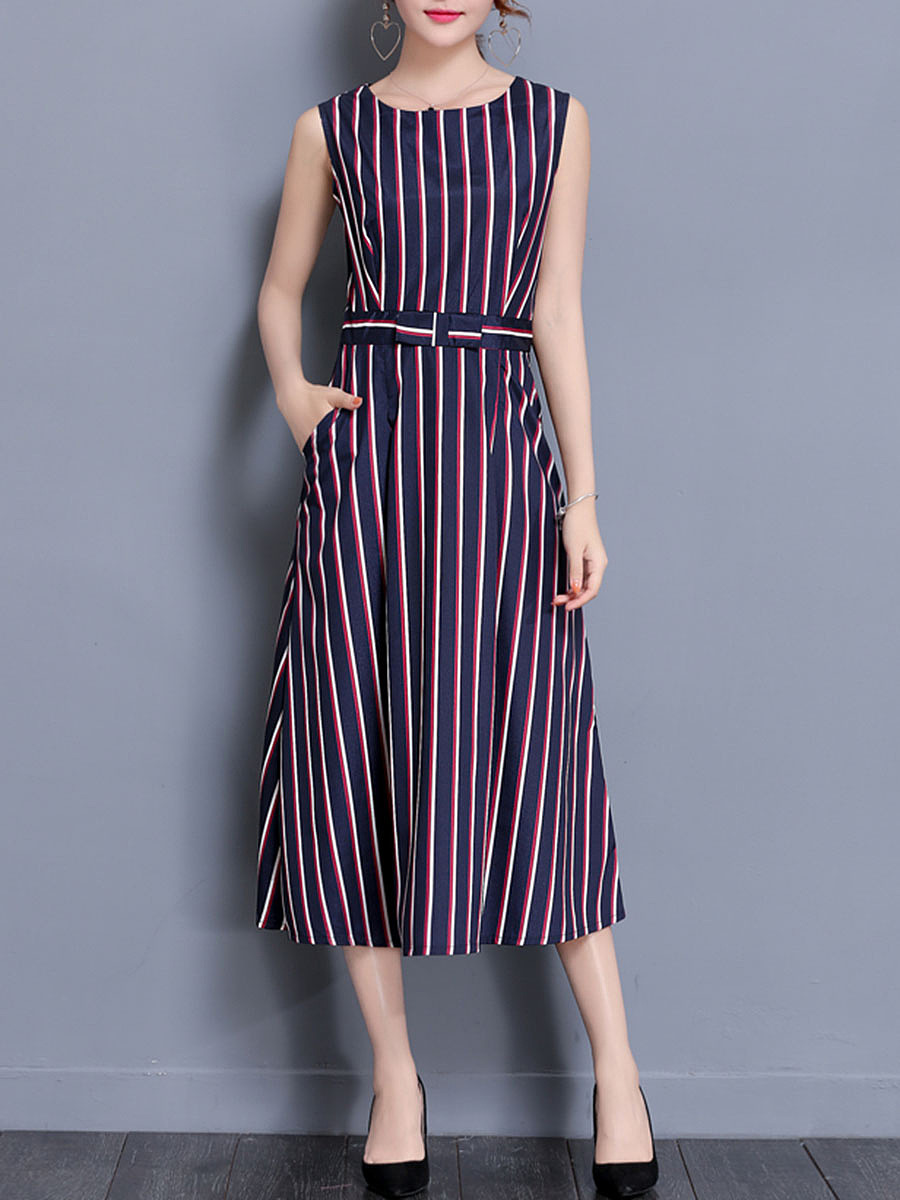 Vertical Striped Round Neck Pocket Maxi Dress