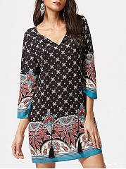 V-Neck-Tassel-Printed-Shift-Dress