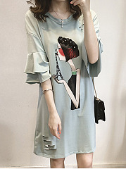 Round Neck  Cartoon Shift Dress