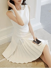Round Neck Plain Pleated Mini Skater Dress