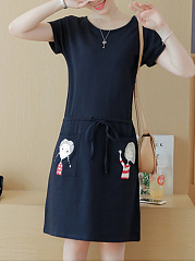 Round Neck  Drawstring Patch Pocket  Cartoon Shift Dress