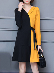 V-Neck-Color-Block-Bowknot-Skater-Dress
