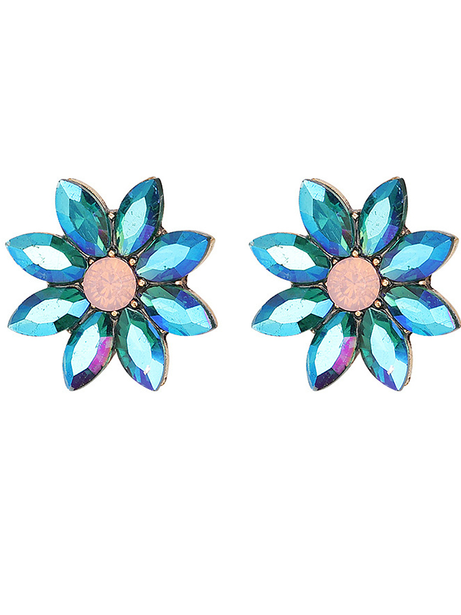 Lovely Flower-Shaped Stud Earrings