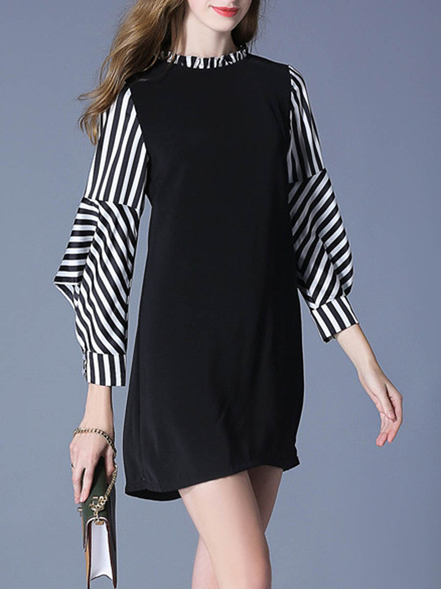 Round Neck Striped Bishop Sleeve Shift Dress