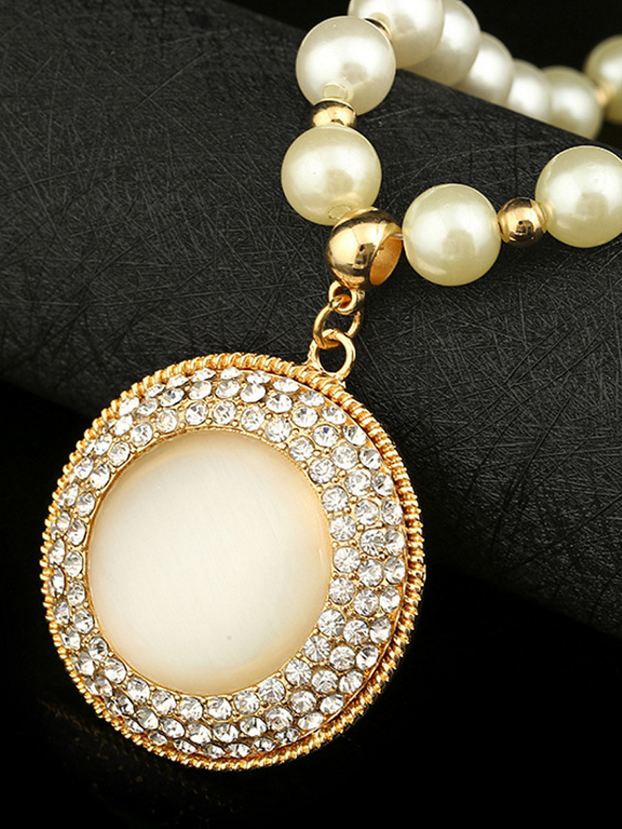 Rhinestone Luxurious Pearl Necklace