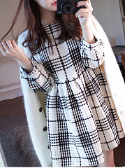 Crew Neck  Ruched  Plaid Skater Dress
