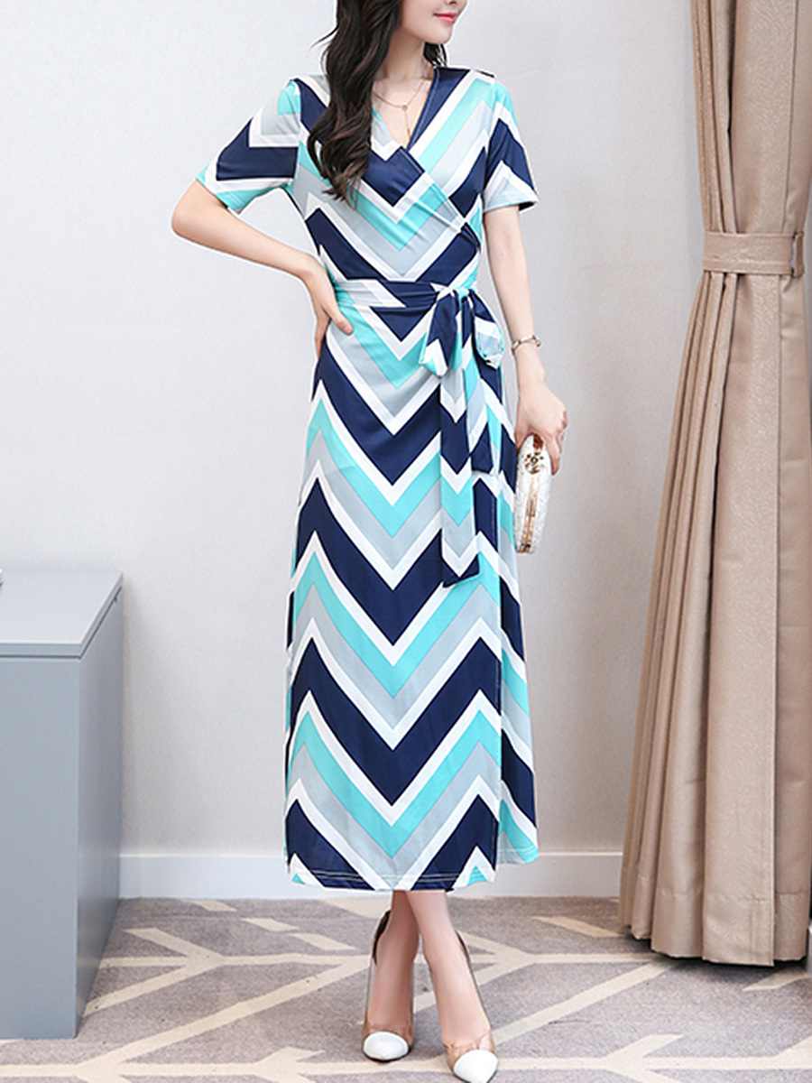 V-Neck Zigzag Striped Bowknot Slit Maxi Dress