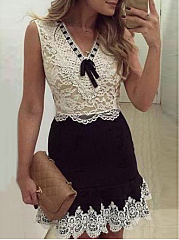 V-Neck  Lace Bodycon Dress