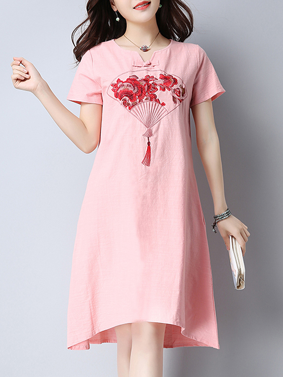 Embroidery Split Neck Pocket Shift Dress