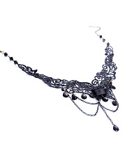 Asymmetric Design Lace Necklace