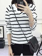 Autumn Spring  Polyester  Women  V-Neck  Color Block Striped Long Sleeve T-Shirts