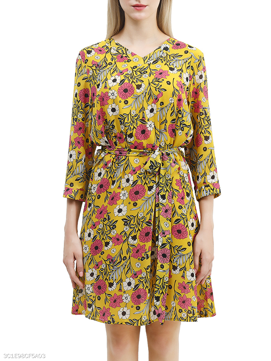 V-Neck  Removable Tie  Floral Skater Dress