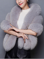 Confortable Solid Faux Fur Cape