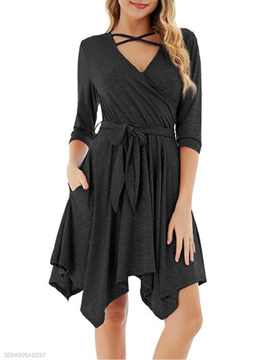 V-Neck  Belt  Plain Skater Dress