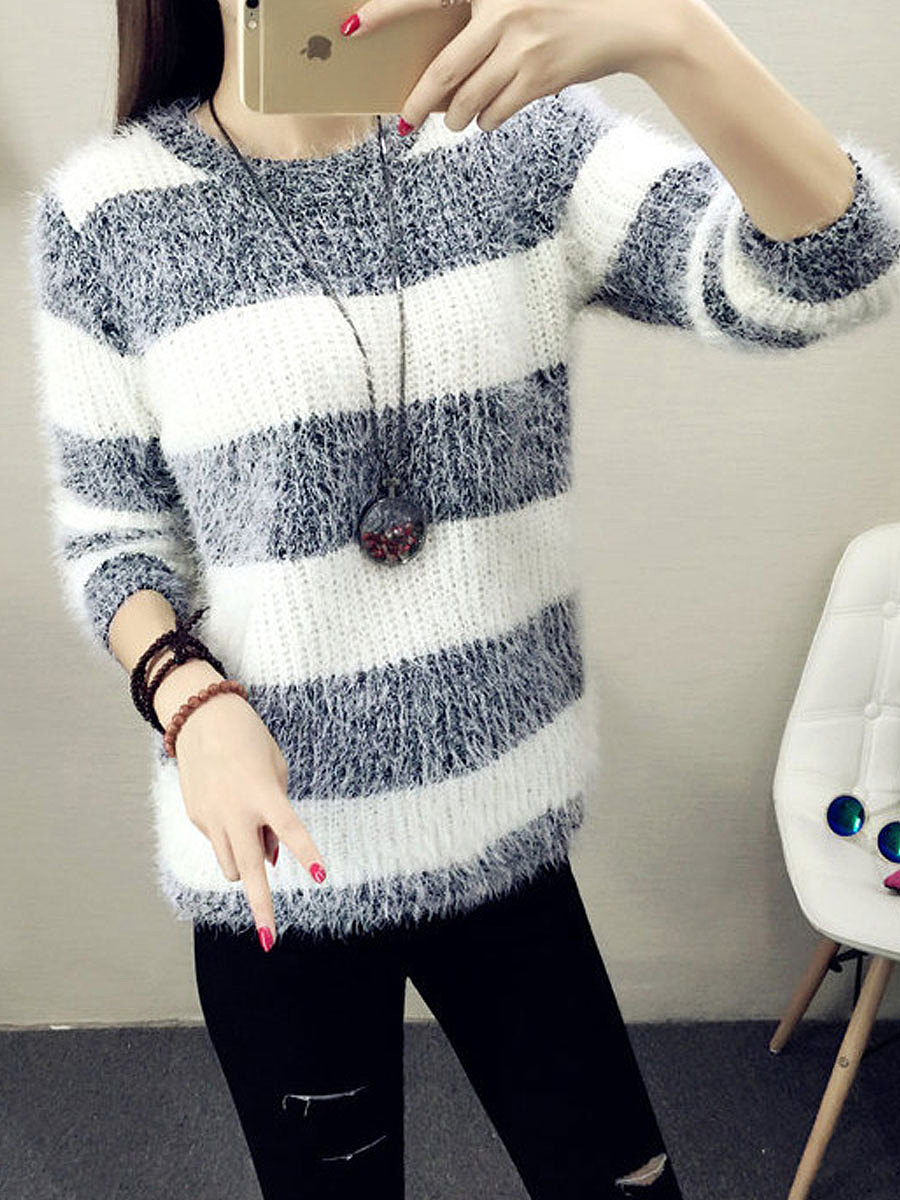 Loose Knit Round Neck Black Sweater