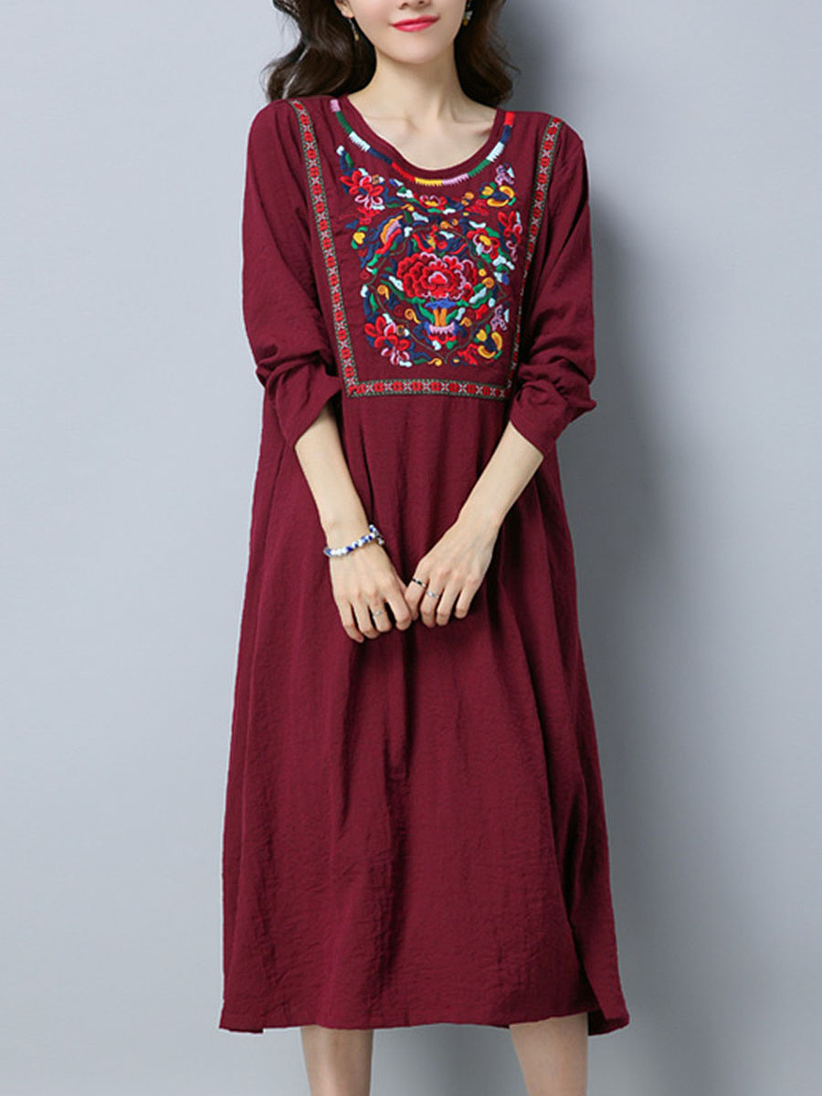 Round Neck Embroidery Pocket Loose Maxi Dress