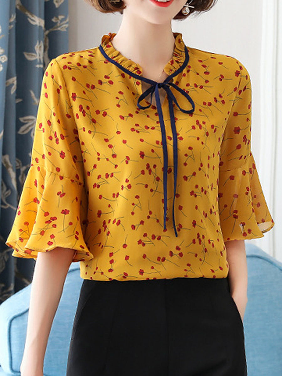 Tie Collar Tiny Flower Printed Bell Sleeve Blouse