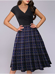 V-Neck  Colouring Plaid Skater Dress