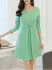 Round Neck  Bowknot  Plaid Shift Dress