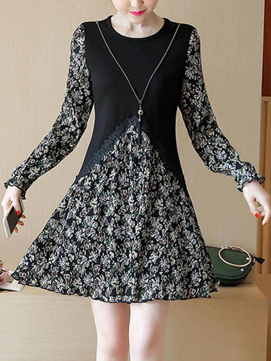 Round Neck Patchwork Printed Necklace Skater Dress