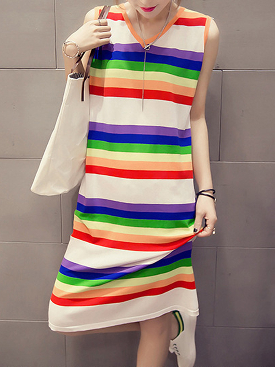 V-Neck  Printed Shift Dress