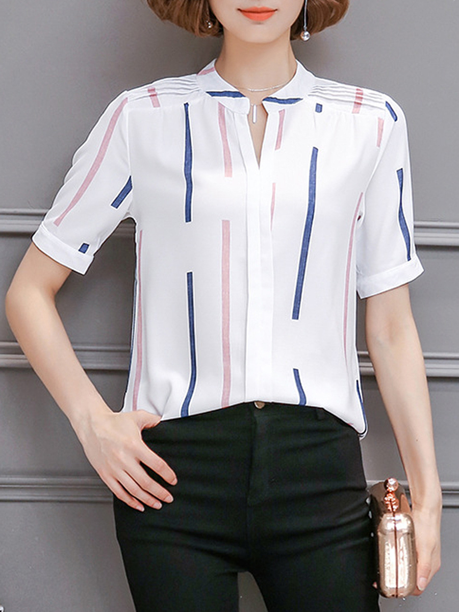Split Neck Printed Short Sleeve T-Shirt