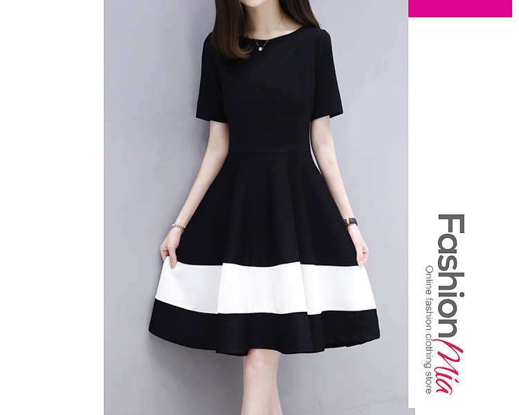 Round Neck  Patchwork Ruffled Hem  Contrast Piping  Color Block Skater Dress