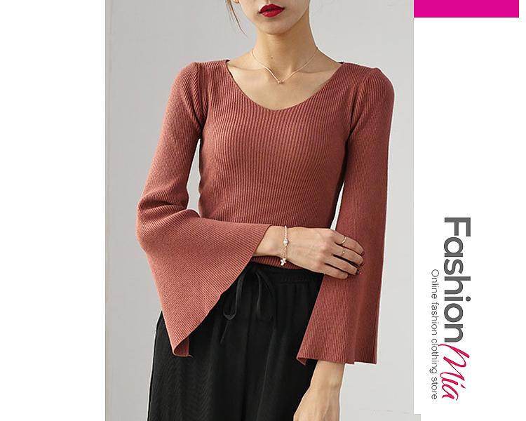 Round Neck  Plain  Bell Sleeve  Long Sleeve Sweaters Pullover