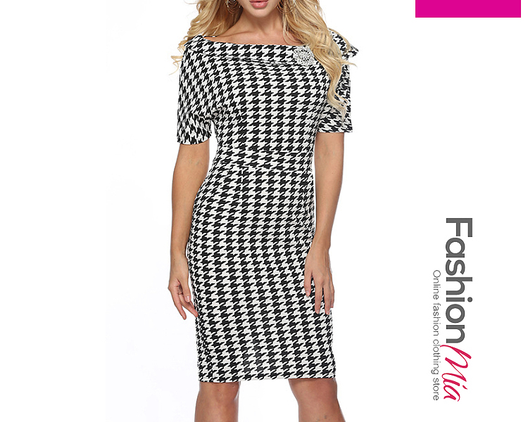 thickness:regular, brand_name:fashionmia, style:western, material:blend, collar&neckline:boat neck, sleeve:short sleeve, pattern_type:houndstooth, length:knee-length, how_to_wash:cold  hand wash, supplementary_matters:all dimensions are measured manually with a deviation of 2 to 4cm.,the fabric is slightly elastic., occasion:daily, season:autumn, dress_silhouette:sheath, package_included:dress*1, length:98,bust:80,waist:65,hip:86,
