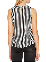 Summer  Polyester  Women  Round Neck  Polka Dot Striped Sleeveless T-Shirts