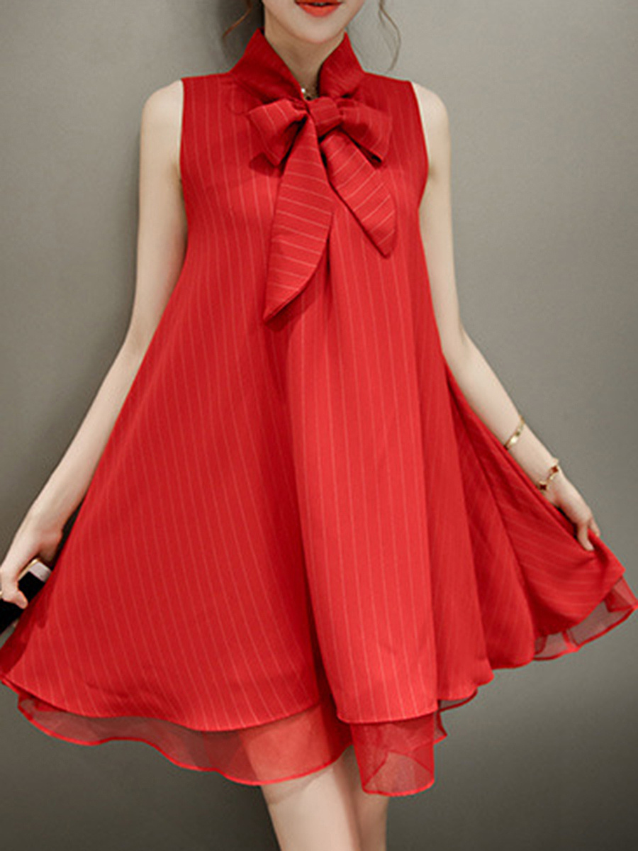 https://www.fashionmia.com/Products/tie-collar-bowknot-plain-mini-shift-dress-187447.html