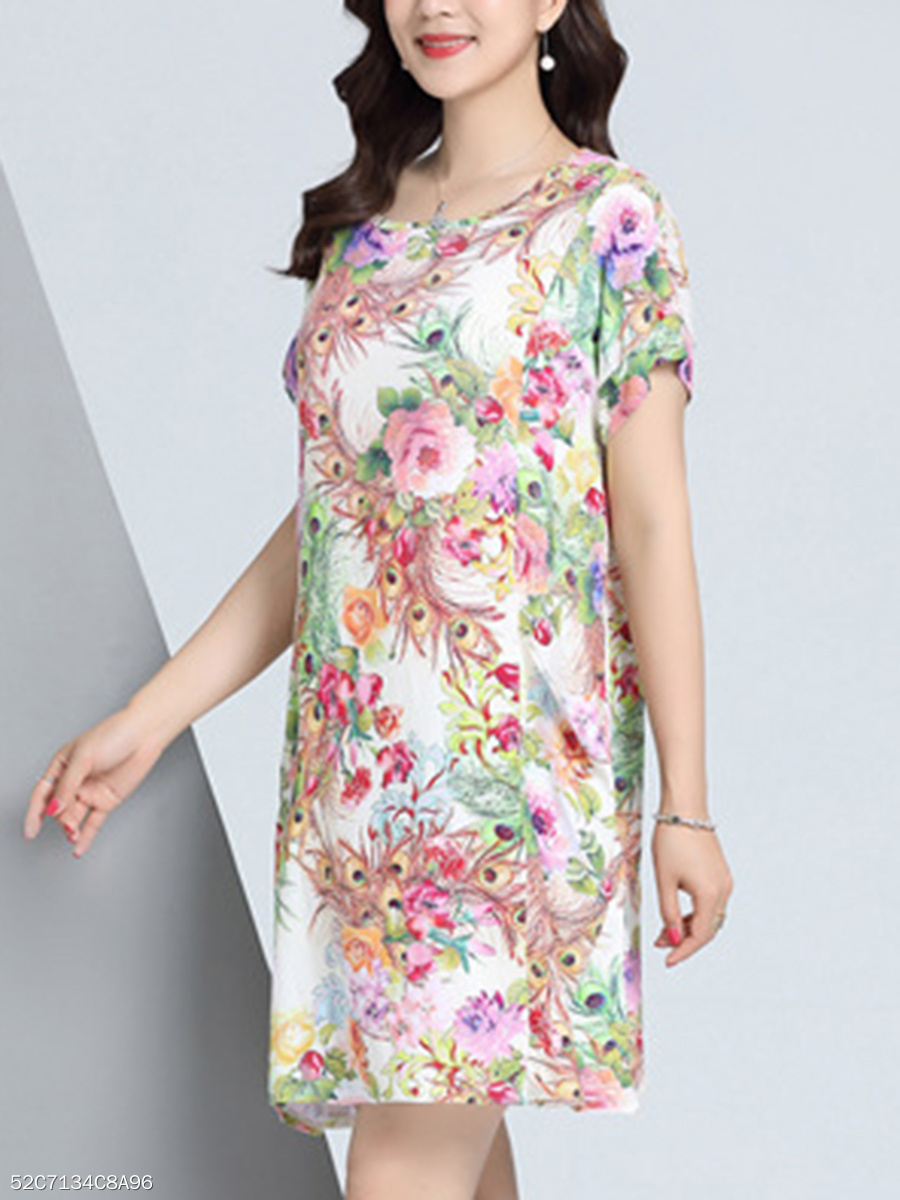 Round Neck  Patch Pocket  Printed Shift Dress